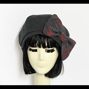 Vintage Wool Beret Hat Bow